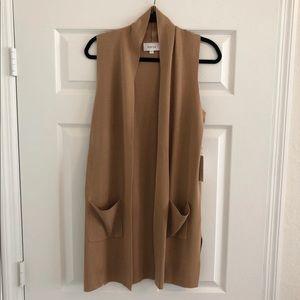 NWT Korye Tan Sleeveless Long Cardigan Sweater